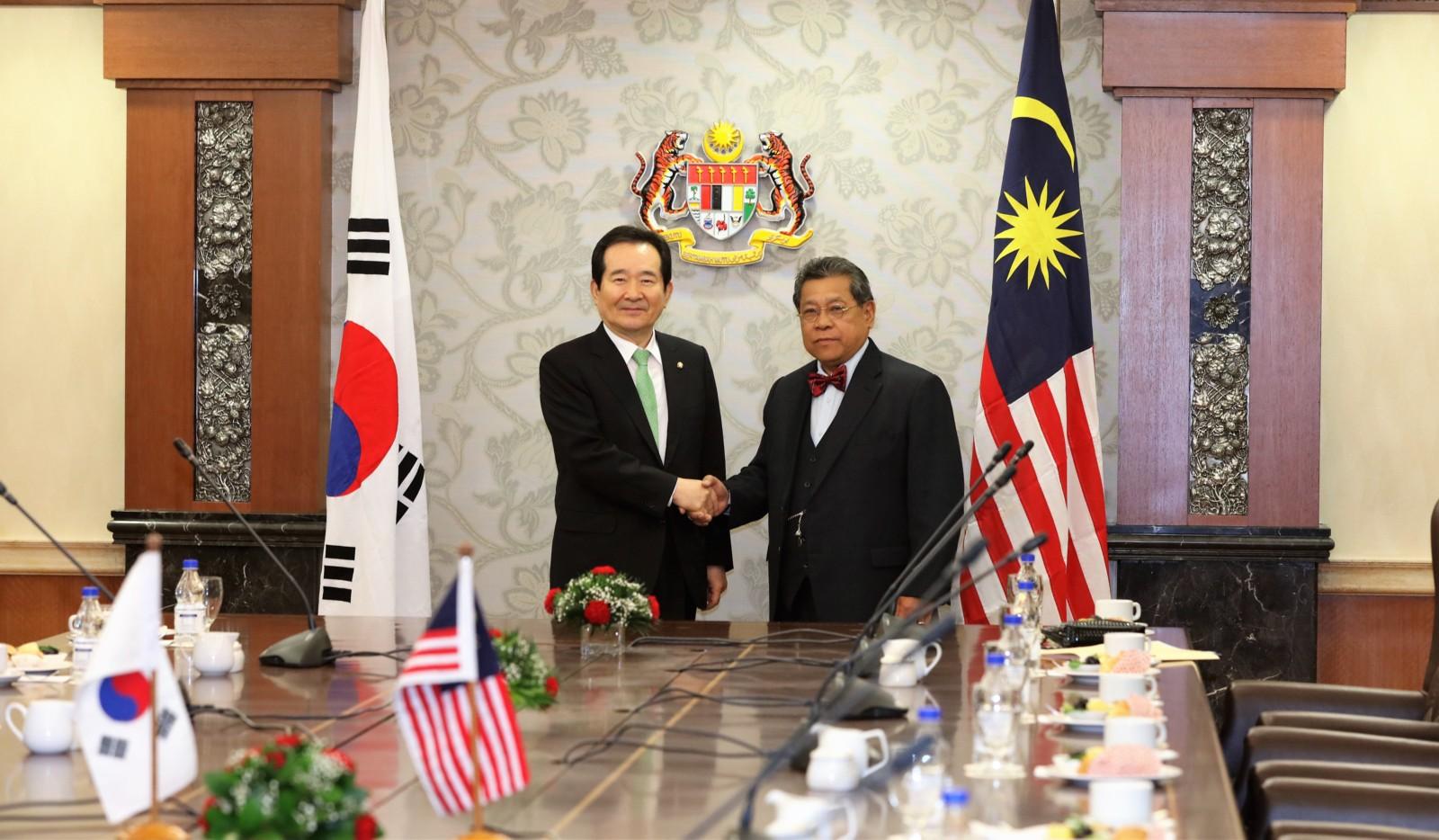 kunjungan-hormat-oleh-speaker-of-the-republic-of-korea-ke-atas-yang-di-pertua-dewan-rakyat