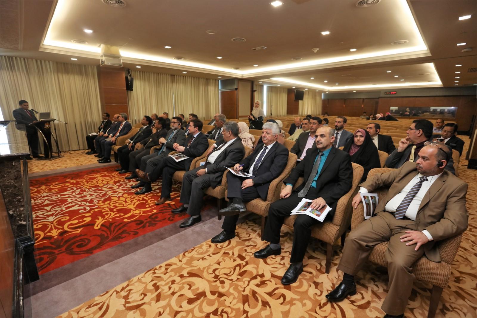 lawatan-pegawai-pegawai-kanan-iraq-dan-urus-setia-institute-on-governance--ottawa-canada-ke-parlimen-malaysia