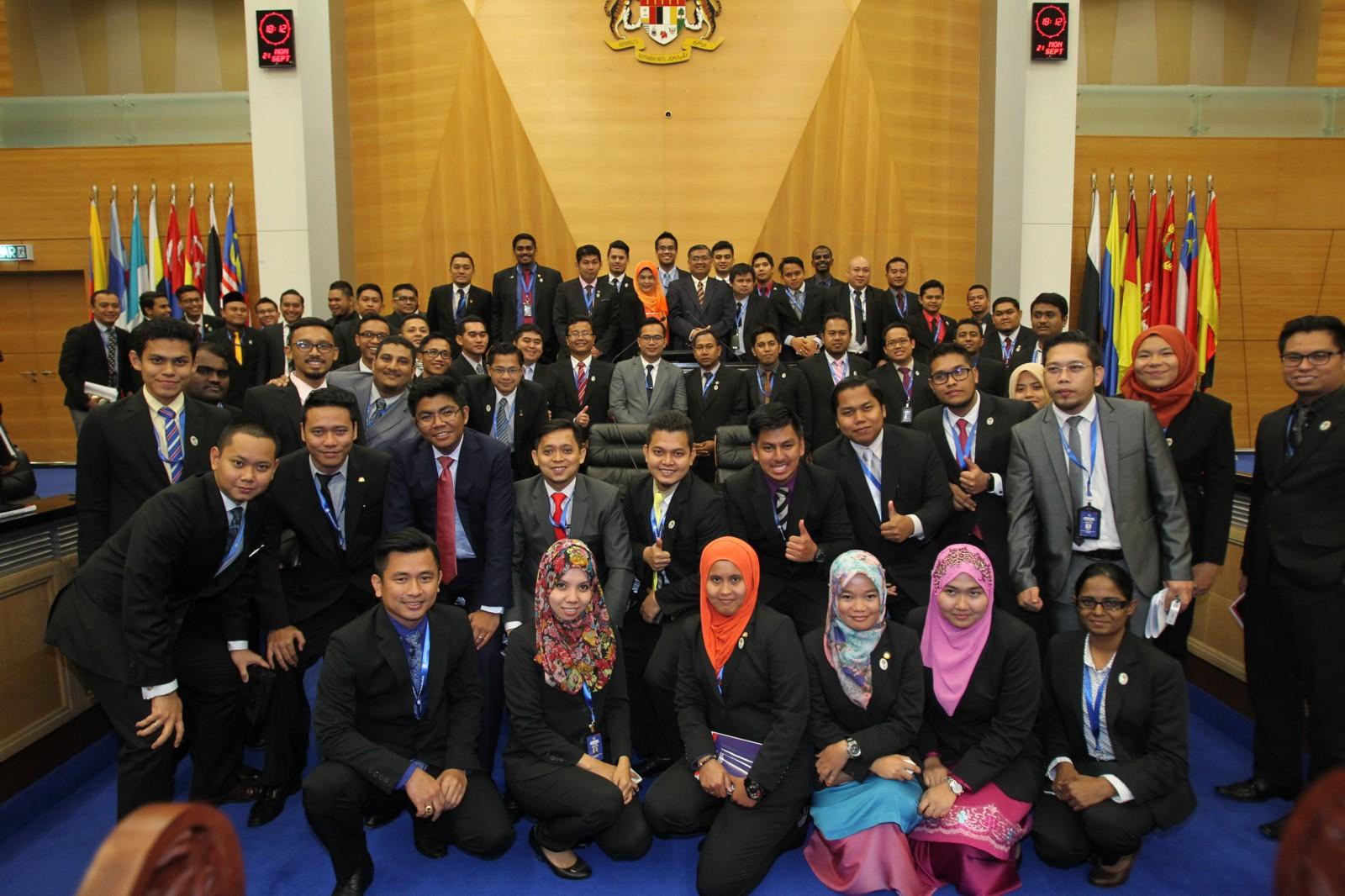 PERSIDANGAN PARLIMEN BELIA MALAYSIA (PBM) SIDANG III