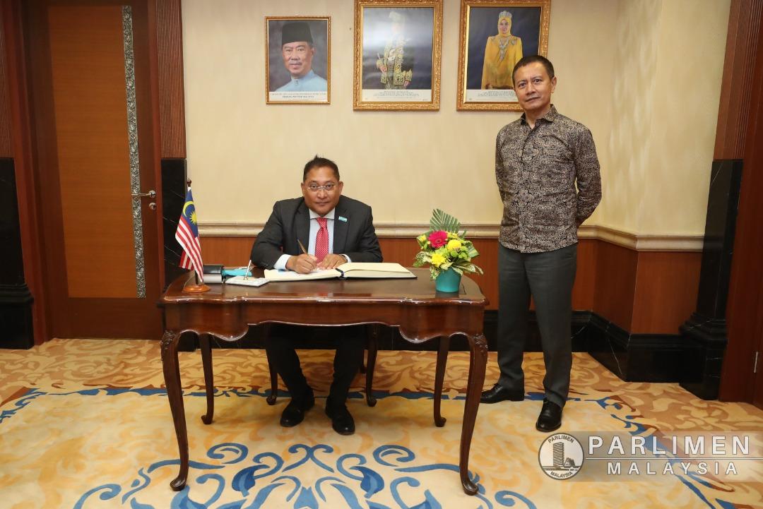 kunjungan-hormat-he--rasheed-mustafa-sarwar---unicef-representative-to-malaysia--keatas-ypdr---30-mac-2021