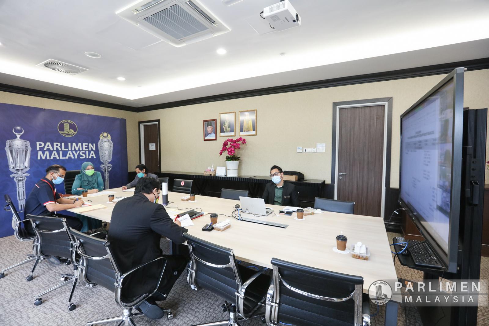 meeting-penyelarasan-pertama-istiadat-pembukaan-penggal-keempat--majlis-parlimen-keempat-belas-secara-maya