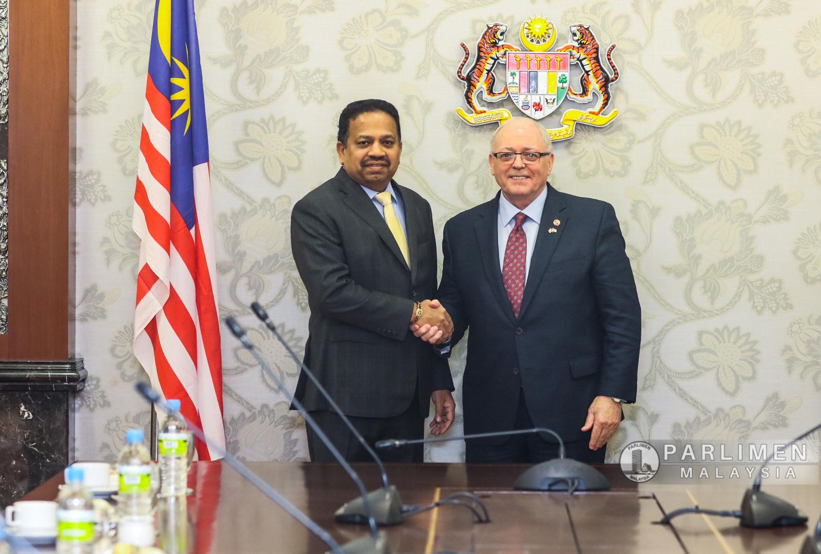 kunjungan-hormat-h-e-george-j-furey-speaker-of-the-senate-of-canada-to-malaysia
